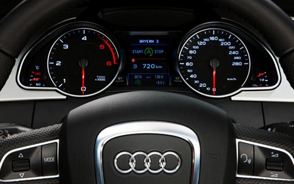 Audi A5 tachometer