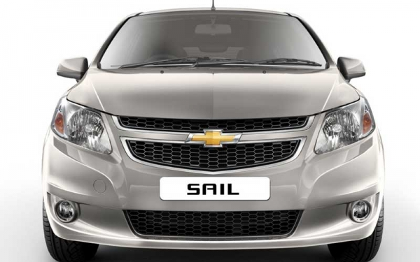 Chevrolet Sail front side view