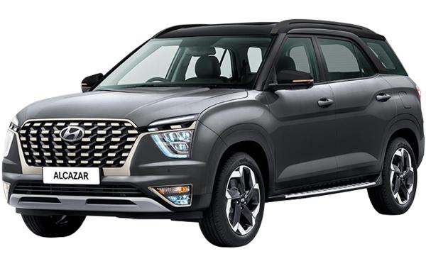 Hyundai Alcazar Exterior Front Side View (Titan Grey Dual Tone)