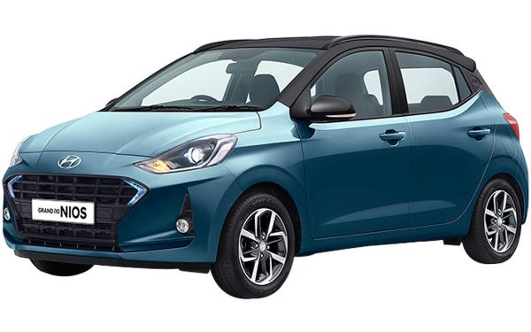 Hyundai Grand i10 Nios Exterior Front Side View (Aqua Teal Dual Tone)