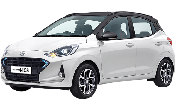 Hyundai Grand i10 Nios Exterior Front Side View (Polar White Dual Tone)