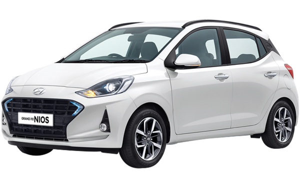 Hyundai Grand i10 Nios Exterior Front Side View (Polar White)