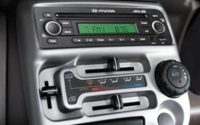 Hyundai  Santro Xing audio system