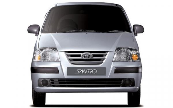 Hyundai Santro Xing front view