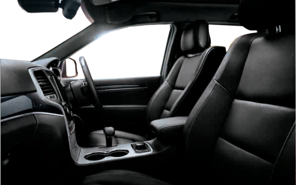 Jeep Cherokee interior Photo 1
