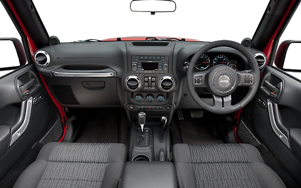 Jeep Wrangler – the interior Photo 2
