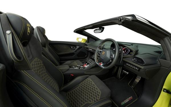 Interior Photo 0