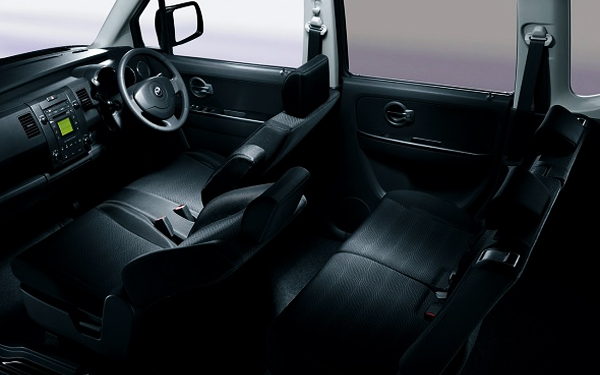 maruti suzuki wagonr stingray photos wagonr stingray interior and exterior photos wagonr. Black Bedroom Furniture Sets. Home Design Ideas