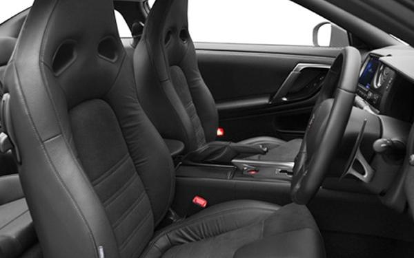 Nissan GTR interior seating