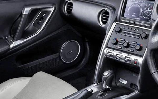 Nissan GTR interior view
