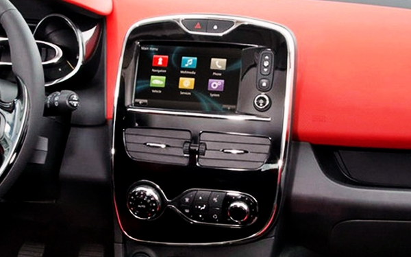 Renault Clio interior stereo view