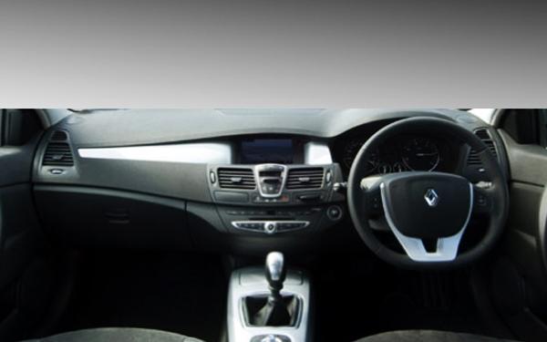 Renault Laguna dashboard