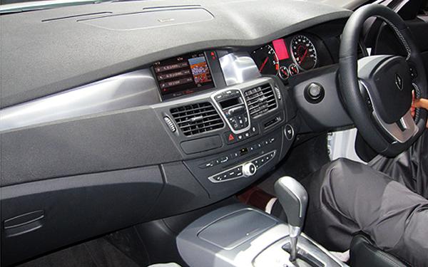 Renault Laguna interior view