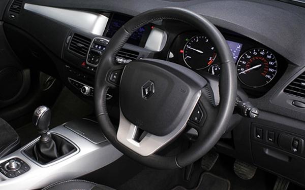 Renault Laguna steering wheel