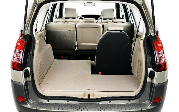Renault Scenic boot space