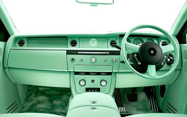 1 / 9 Photos Rolls Royce Wraith Interior Front View