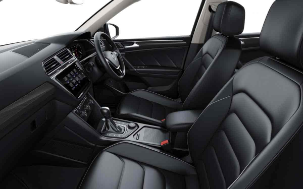 Interior - Features & Specifications Photo 3