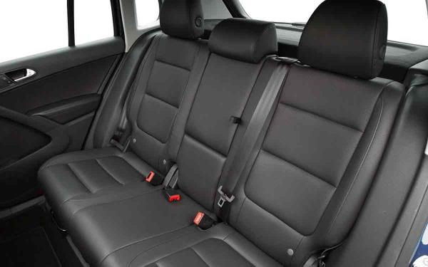 Interior - Features & Specifications Photo 2