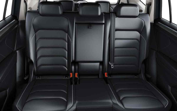 Interior - Features & Specifications Photo 1