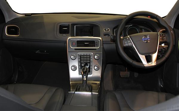 Volvo S60 interior Photo 2