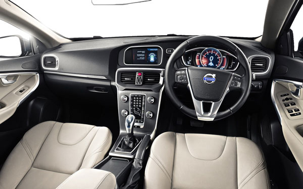 Volvo V40 [2015 - 2016] Photos | V40 [2015 - 2016] Interior and ...