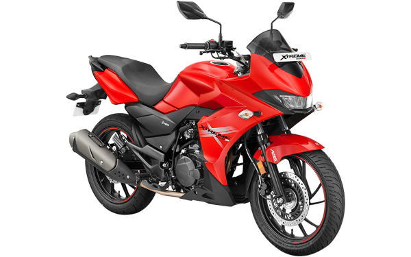 Hero Xtreme 200S Front Side View (Sports Red)