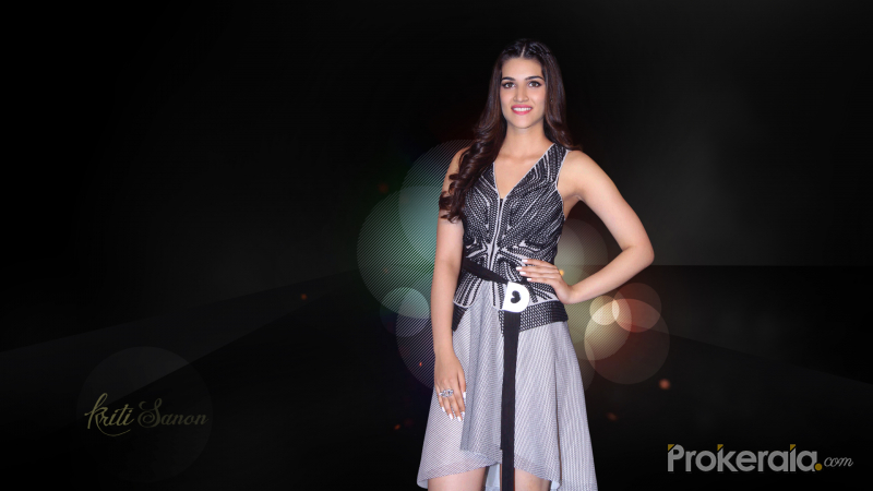 Kriti Sanon Wallpaper #2