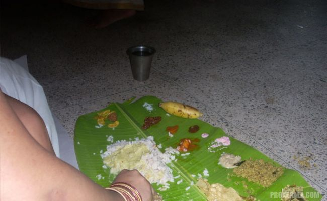 Onasadhya served on banana leaves