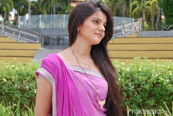 Photos :: Desi girl
