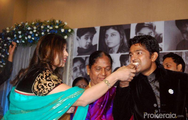 navin prabhakar wife