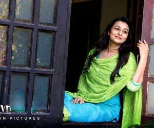 Actress: Kalhaara