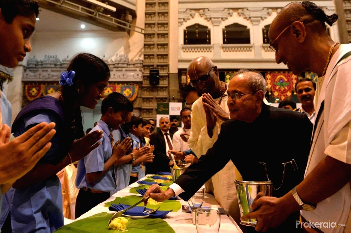 President Pranab Mukherjee during a programme to commemorate the serving of two billion meals of the Akshaya Patra Foundation at ISKCON Temple in Bengaluru