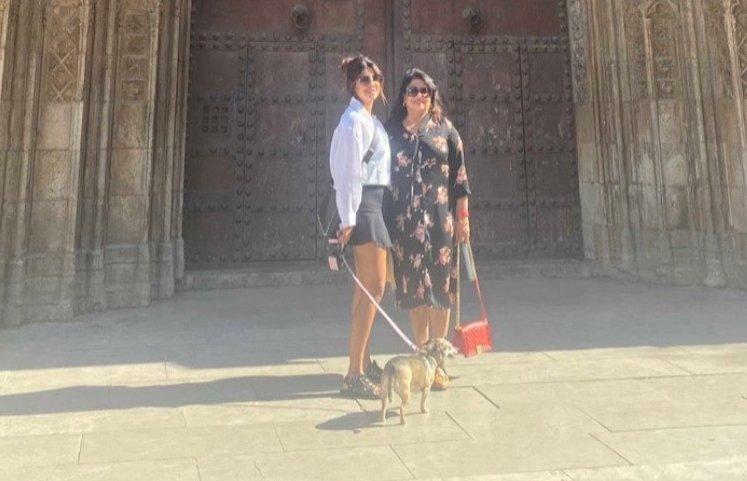 Priyanka Chopra explores Spain with mom Madhu Chopra and pet pooch Diana