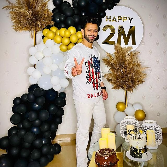 Rahul Vaidya celebrates 2 million followers on Instagram