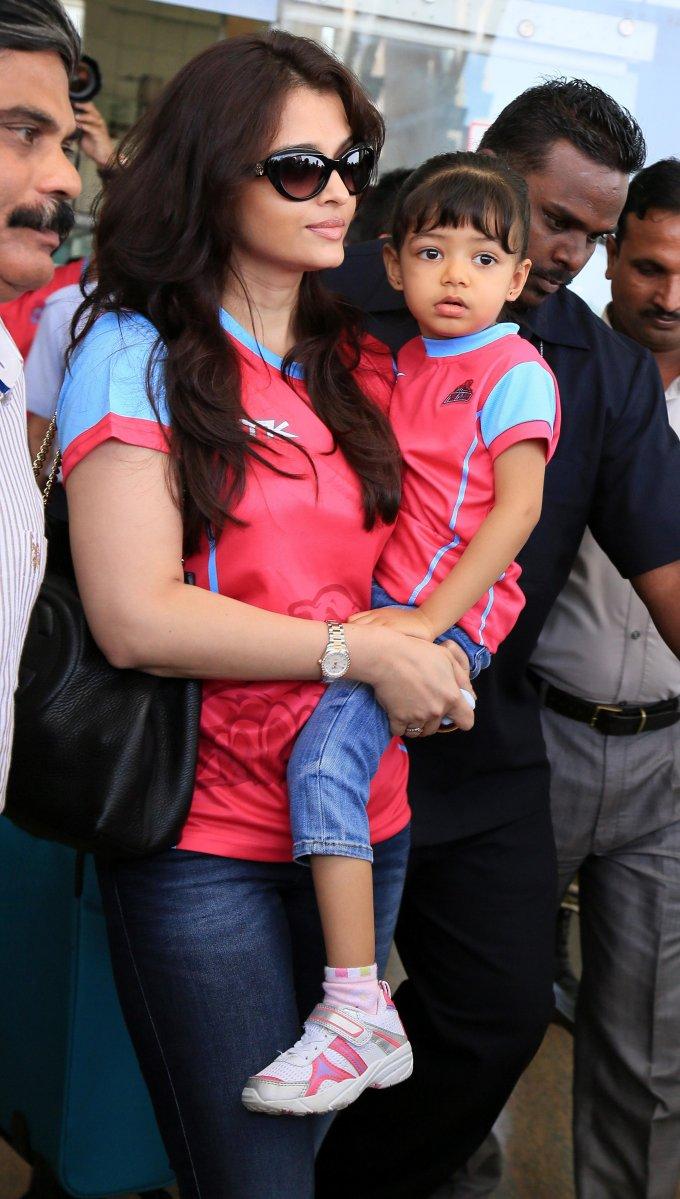 Birthday greetings aishwarya rai bachchan rai gave birth to baby aaradhya on 16 november 2011 geenschuldenfo Images
