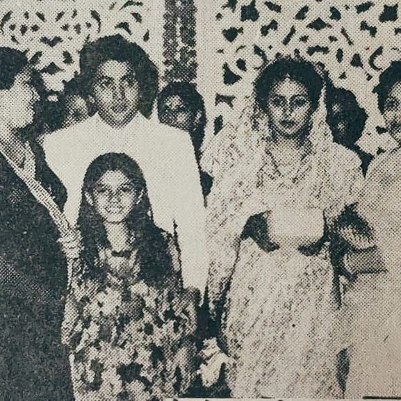 Raveena Tandon shares priceless pic from Rishi Kapoor and Neetu's wedding