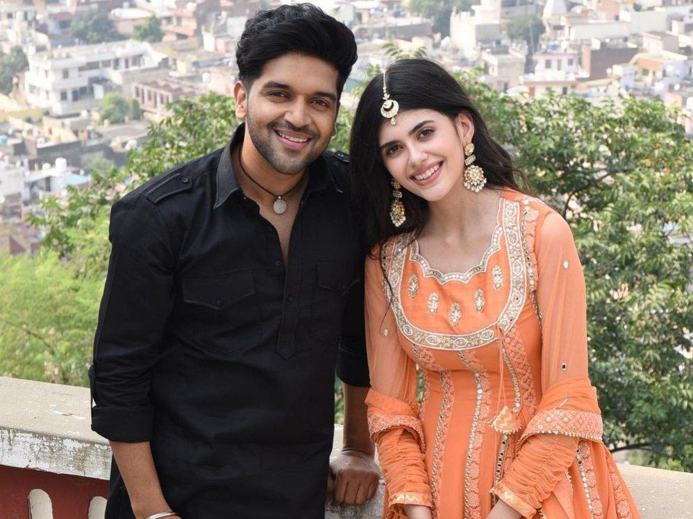 Sanjana Sanghi to be seen in a music video with Guru Randhawa