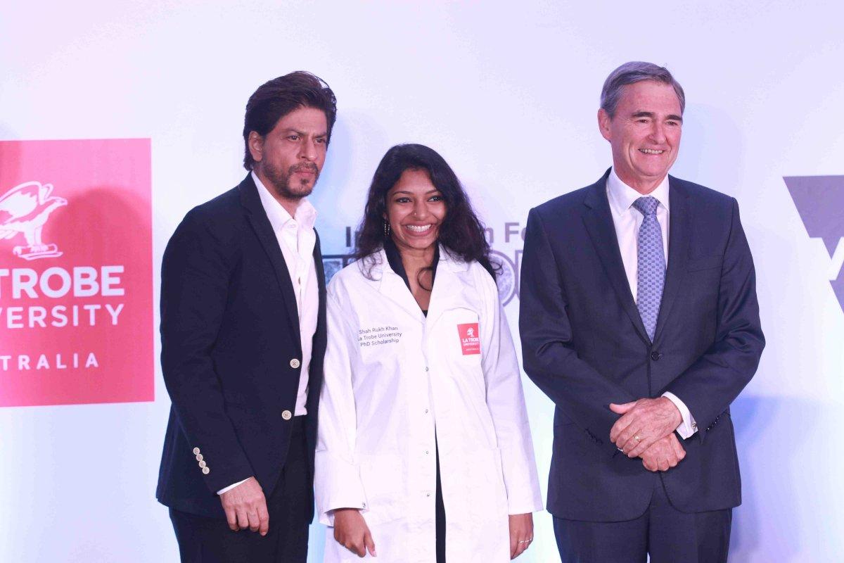 Shah-Rukh-Khan at la Trobe University Scholarship Event