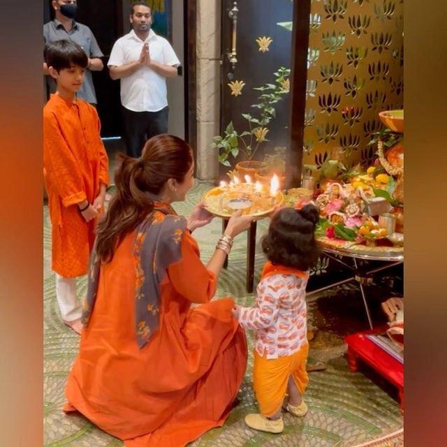 Shilpa Shetty does Navratri puja with kids Viaan and Samisha