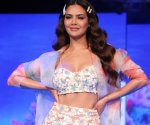 Esha Gupta strutted for Prreeti Jaiin Nainutia at Lakme Fashion Week 2020