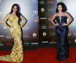Photos of Filmfare Glamour and Style Awards 2019: Kiara Advani, Alia Bhatt, to Sunny Leone's Red Carpet looks are the hottest fashion sizzlers of the week