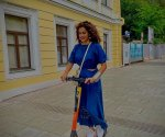 Taapsee Pannu shares new pics from her Russia vacation with sister Shagun Pannu