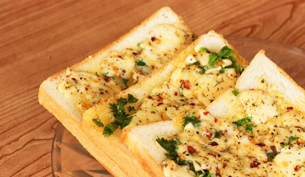 Garlic and cheese toast