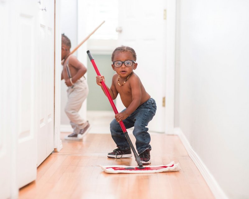 child cleaning housekeeping