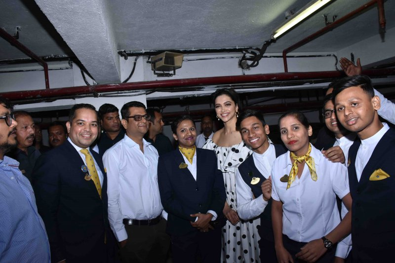 Deepika with Cinepolis team during the Chhapaak surprise visit