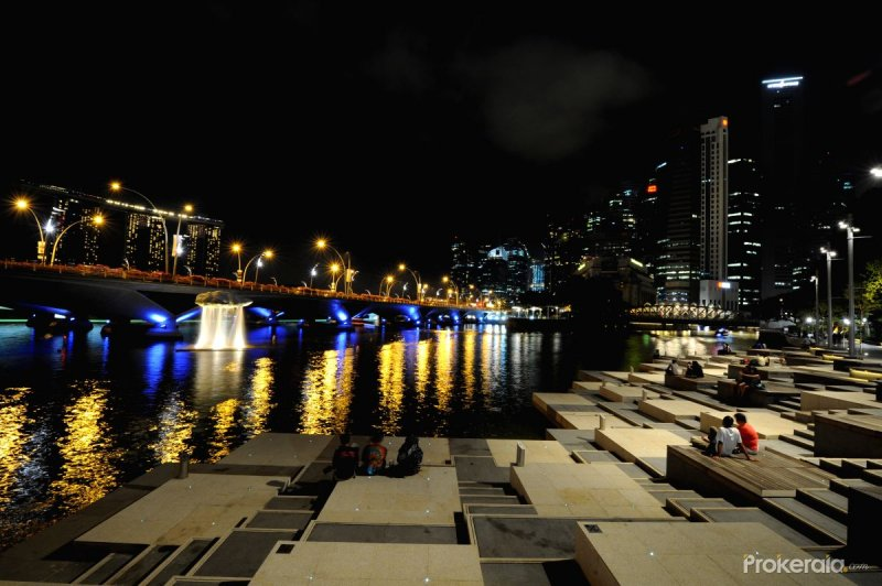 Singapore's Marina Bay Area during the Earth Hour campaign at 8:30 p.m. local time.
