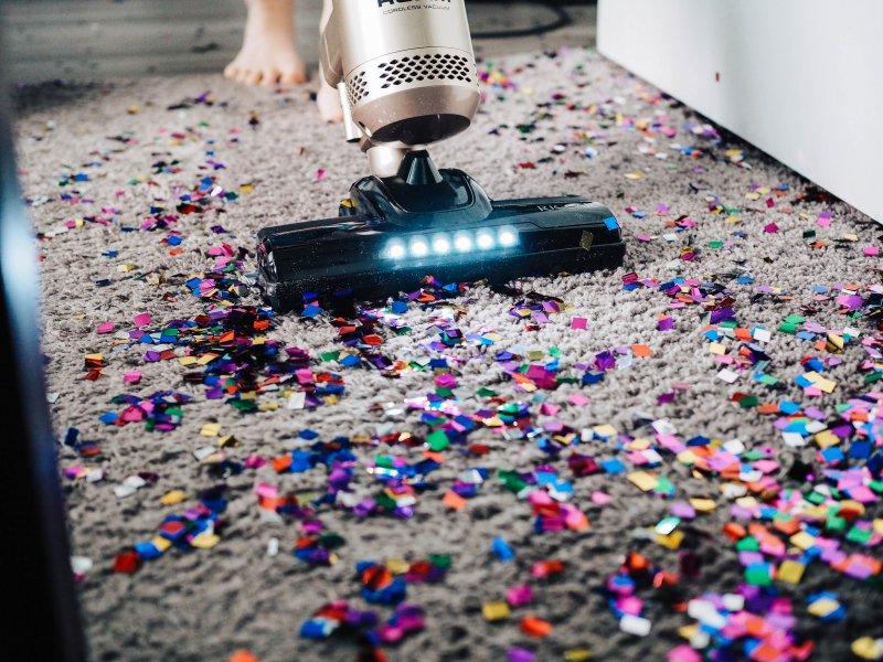 carpet cleaning housekeeping