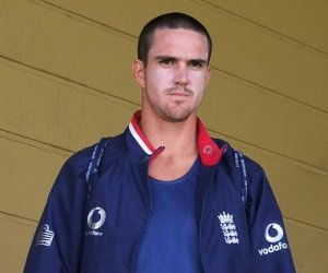 Pietersen relives his switch hit days, jokes with Styris