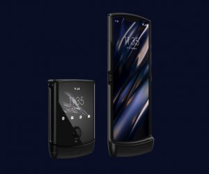 Get ready to watch the iconic Motorola Razr 2019 launch live, sharp at 12.30 p.m. today, know specs & prices