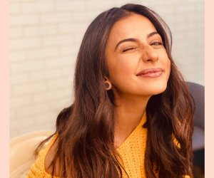 Rakul Preet Singh looks radiant as she winks away at Monday blues